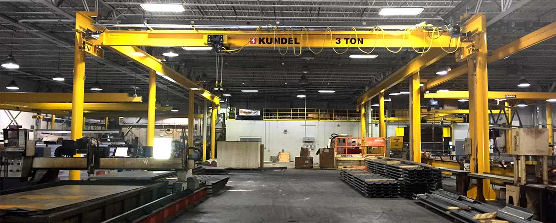 https://kundelcranes.com/sites/default/files/revslider/image/kundel-overhead_workstation_bridge_cranes_up_to_10_ton-01.jpg