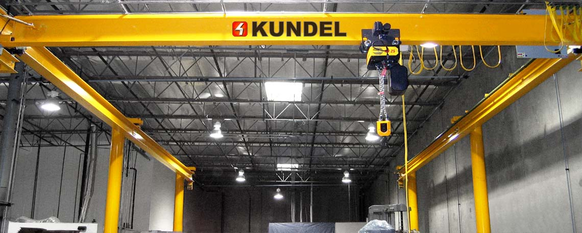 https://kundelcranes.com/sites/default/files/revslider/image/kundel-overhead_workstation_bridge_cranes_up_to_10_ton-03.jpg