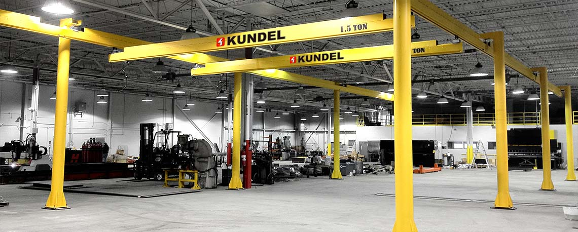 https://kundelcranes.com/sites/default/files/revslider/image/kundel-overhead_workstation_bridge_cranes_up_to_3_ton-01.jpg