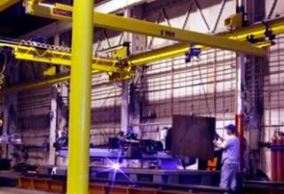 The 10 Ton Overhead Crane Vs the Mobile Crane